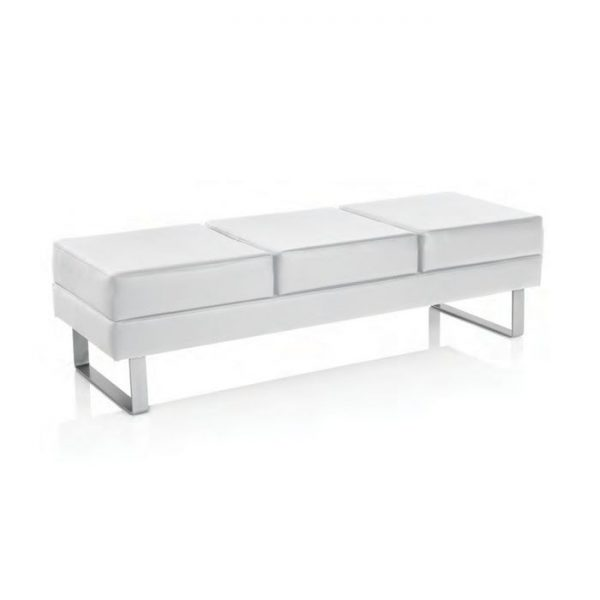 xanitalia-waitting-sofa-people-white